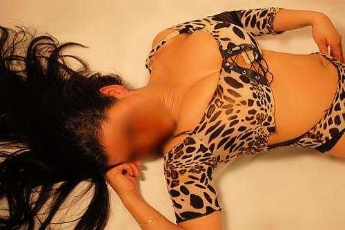 Lorey rica, pulposita lujuriosa, diosa sexual, ilimitada complaciente,